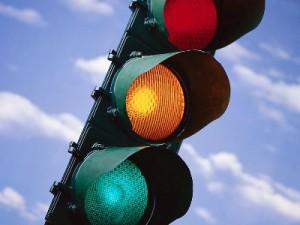 traffic-light_100316101_l1