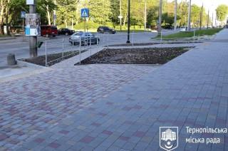 remont-trotuaru-na-vul_-r_-kupchinskogo-traven-2020-r-11