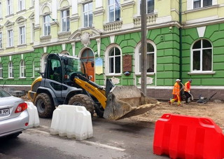 kapitalniy-remont-teritorii-bilya-ternopilskoi-ukrainskoi-gimnazii